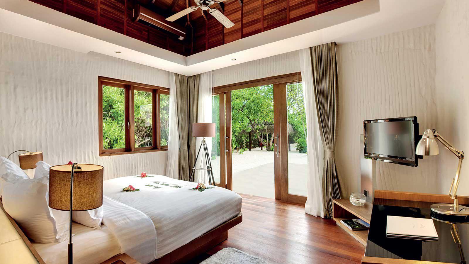 Hideaway-Maldives-villas-1-sunset-beach-villa-7